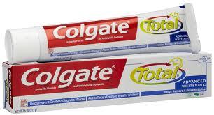 COLGATE TOTAL ADVANCED WHITENING DENTIFRICIO AL FLUORO 75 ML