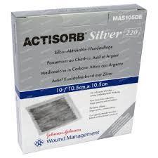 ACTISORB SILVER 220 MEDICAZIONE STERILE 6,5 x 9,5 CM - 10 PEZZI